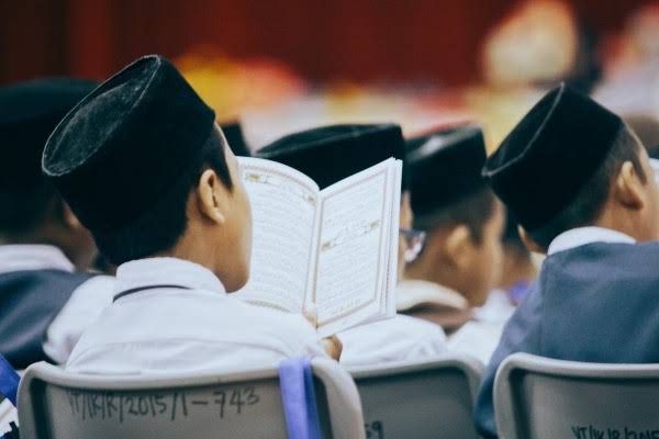 Hei Anak Muda, Jadi Kapan Mau Mulai Belajar Alquran? Sekarang!